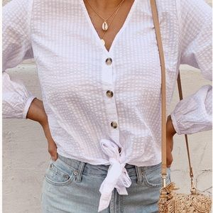 V-neck blouse in woven fabric buttons at front